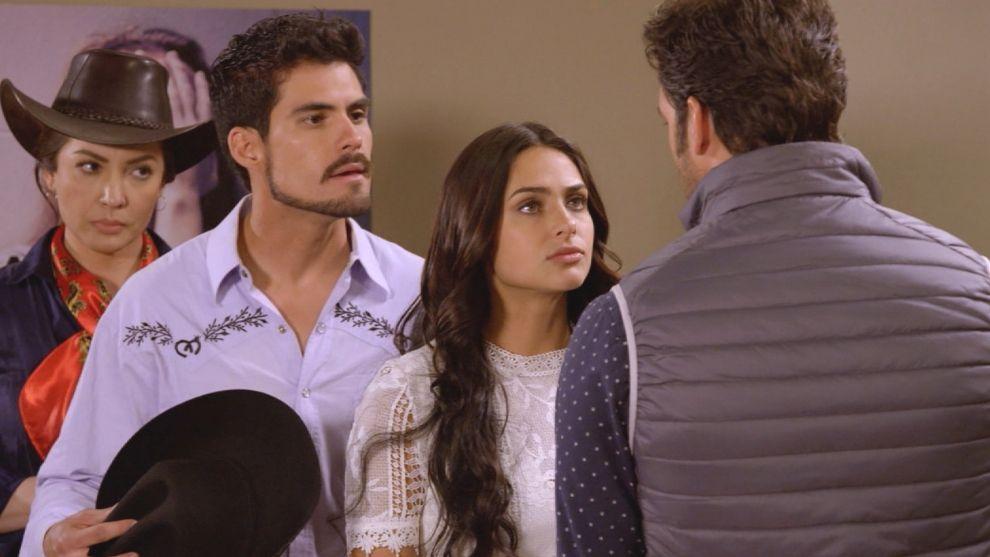 Rodrigo cree en la inocencia de Aurora
