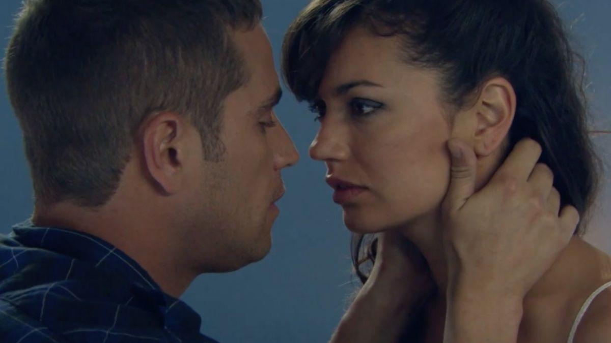 Alicia y Martínez tiene un romántico encuentro