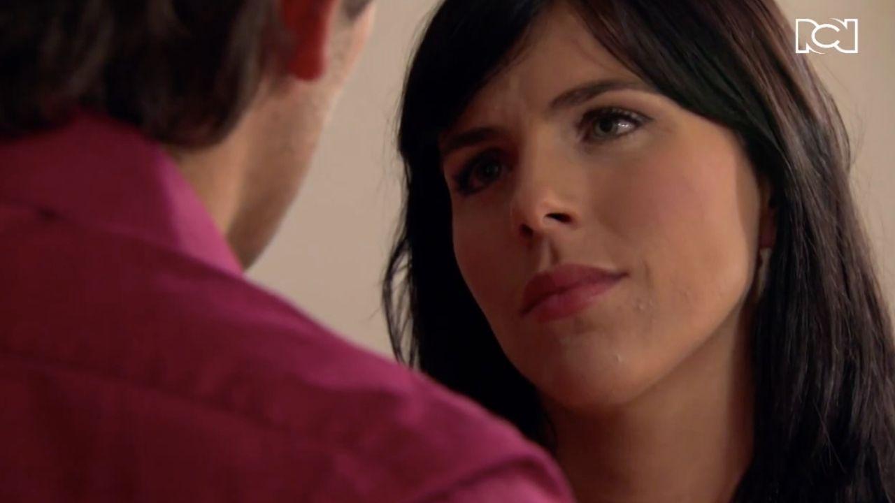 Rosario le pone las cartas sobre la mesa a Emilio