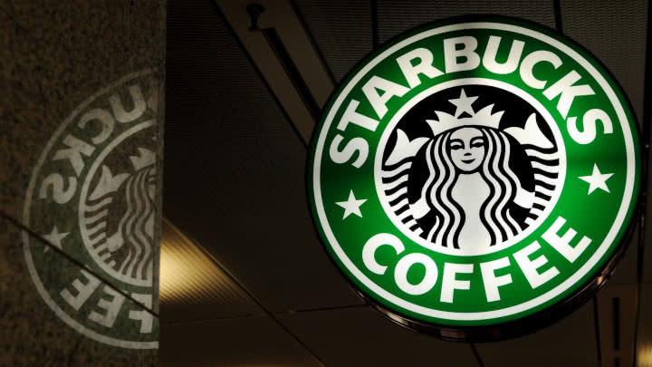 Starbucks EE. UU. capacitará a sus empleados para evitar actos de racismo