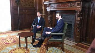 Guaidó fue recibido en España en medio de una tormenta política