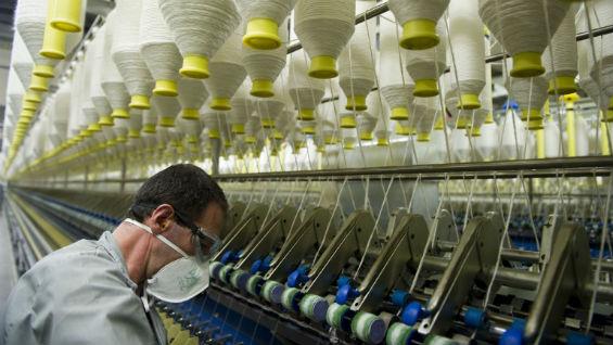 Gobierno anunciará medidas para enfrentar la crisis textil en el país