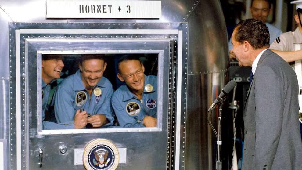 Astronautas Apolo 11 en cuarentena