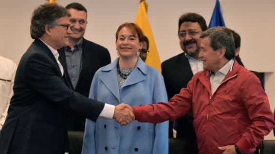Gustavo Bell y Pablo Beltrán. Foto: AFP