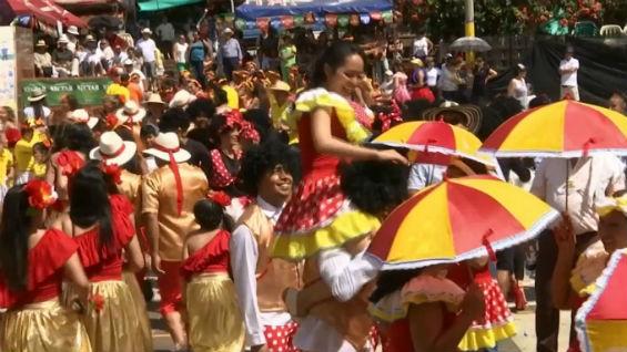 Este fin de semana se desarrolló el Festival del Soltero en ... - Noticias RCN