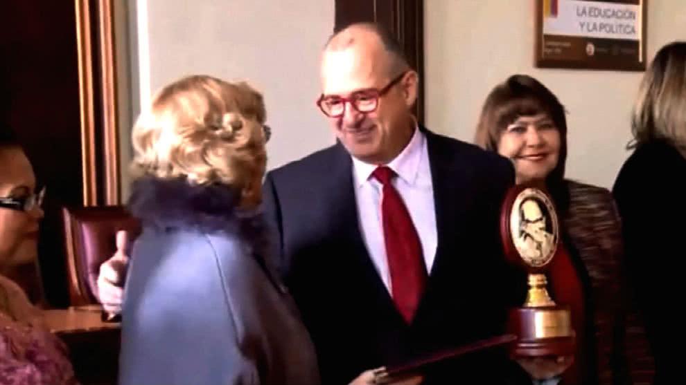 Jota Mario Valencia premios