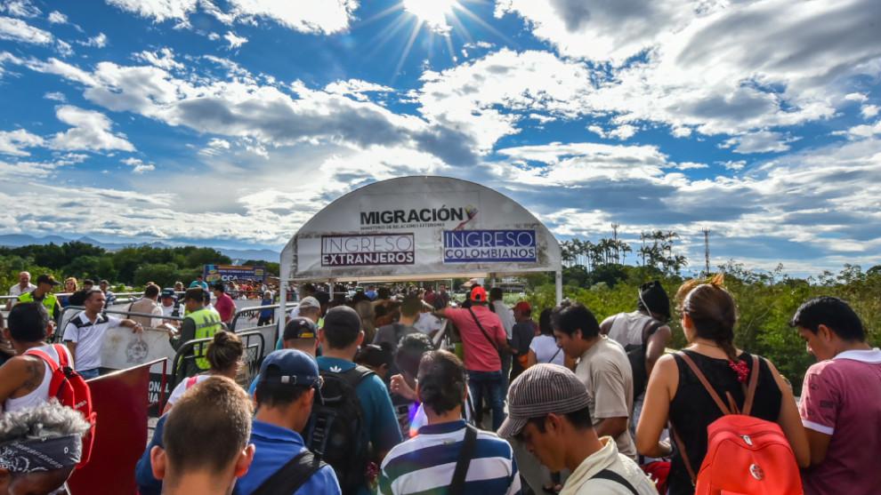Colombia reclama apoyo internacional para enfrentar migración venezolana