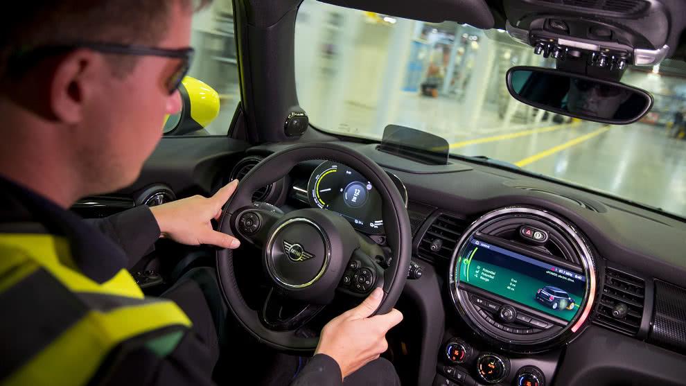 Así es el nuevo carro eléctrico de Mini, el Cooper SE 2020
