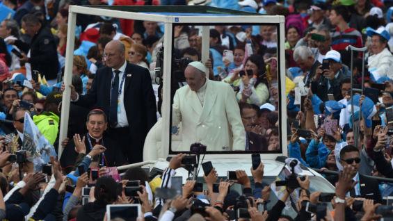El papa en Bogotá. Foto: Rodrigo Arangua / AFP