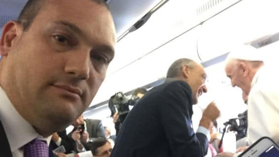 Andrés Gil en el vuelo papal.