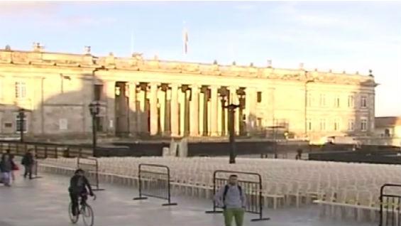 La Plaza Bolívar de Bogotá ya está dispuesta para el evento.
