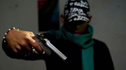 Mujer habría sido asesinada porque su hermano se negó a delinquir en banda de Medellín