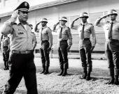 Noriega tuvo supuestos contactos con el fallecido capo de la droga, Pablo Escobar. Foto: EFE