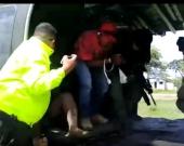 """Dos de los capturados en la operación """"Agamenón II"""". Foto: captura vídeo Policía Nacional"""