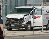 Foto: Vista de la camioneta alquilada con la que se realizó el atropello masivo en el norte de Toronto / NoticiasRCN.com - EFE - AFP
