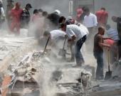 Se reportan decenas de construcciones total o parcialmente destruidas. Foto: AFP