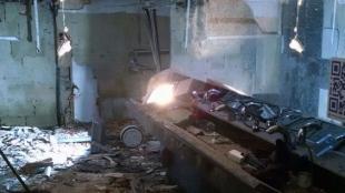 Así quedó el baño tras la explosión.