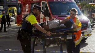Decenas de personas resultaron heridas en Barcelona. Foto: Josep Lagos/AFP