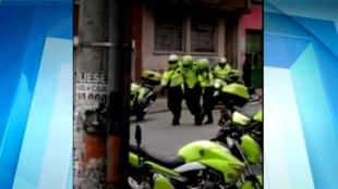 Con 12 escudos la Policía repelió el ataque con piedras. Foto:NoticiasRCN.com