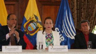 El acuerdo al cese temporal al fuego se firmó en Quito, Ecuador. Foto: EFE/Rolando Enriquez