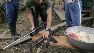 Guerrilleros en zona veredal. Foto: AFP