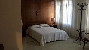 El Papa tomará un descanso en esta sencilla habitación. Foto: NoticiasRCN.com
