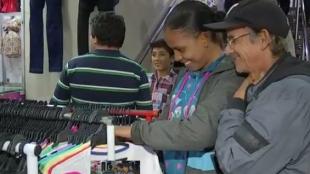La propuesta de bajar el Iva causó polémica entre Fenalco y gobierno nacional. Foto: Captura video NoticiasRCN.
