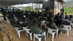 Solo podrán ser cobijados quienes hayan cometido delitos antes de la entrada en vigor del acuerdo final de paz. Foto: AFP
