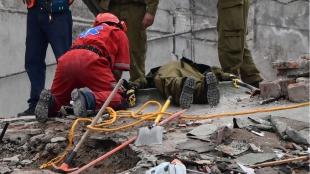 Destrucción provocada por el sismo. Foto: AFP
