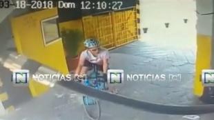 FOTO: Video revela cómo abandonaron la bicicleta de Óscar Sevilla