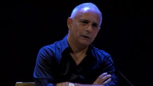 Conversatorio enero 29: Hanif Kureishi charla con Jonathan Levi