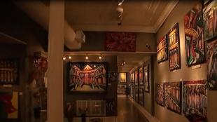 Colombiano deja huella con su galería de arte en New Orleans