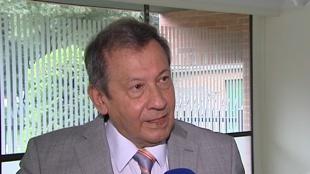 El general (r.) Enrique Montenegro aún guarda las amenazas escritas por Pablo Escobar