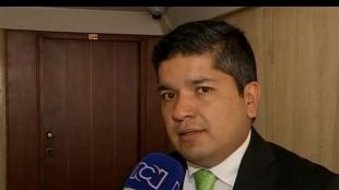 El representante del partido Mira, Carlos Guevara. Foto Noticias RCN