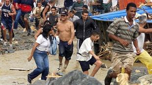 """Sube tensión social en Venezuela: """"Queremos comida"""""""