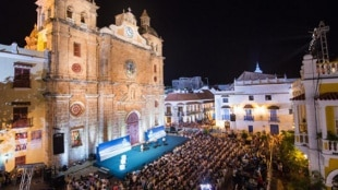 Inició en Cartagena el ciclo de conciertos al aire libre con el clásico Romero y Julieta