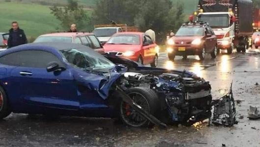 Tunja: Accidente de autos de lujo deja cuatro heridos en vía Bogotá
