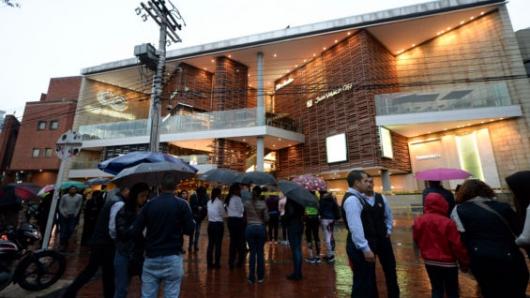 ELN niega autoría de atentado en centro comercial de Bogotá