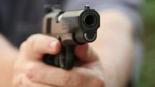 Confirman tiroteo en casa de veteranos en California