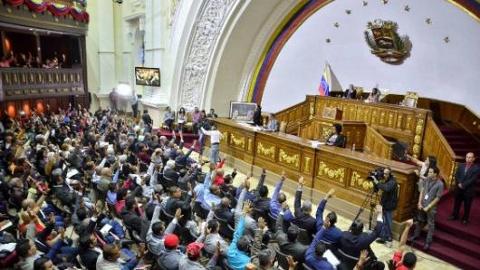 Supremo de Venezuela en el exilio ordena la disolución de la Constituyente