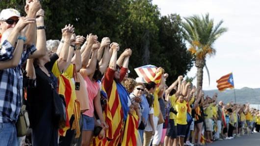 Donald Tusk pide a Cataluña no proclamar su independencia