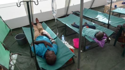 Pasan de 800 los muertos en Haití por huracán Matthew