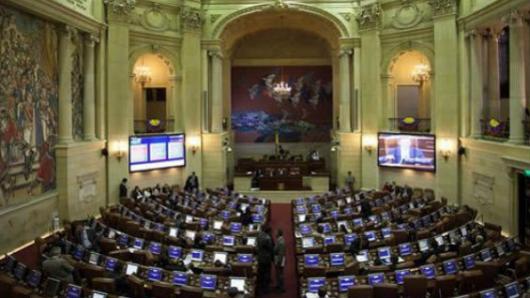 PERÚ: Gobierno de Colombia lamenta fallo que permite modificar proyectos de paz