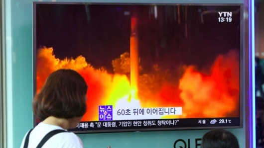 Norcorea celebra prueba nuclear con fuegos artificiales