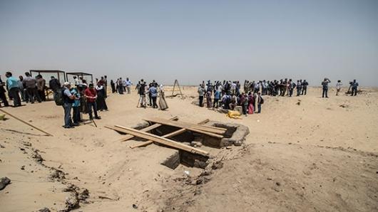 Descubren 17 momias en el centro de Egipto