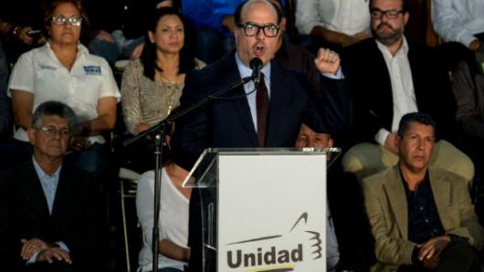 CNE venezolano anuncia comicios regionales el 15 de octubre