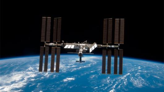 Fuga de agua retrasa histórica caminata espacial