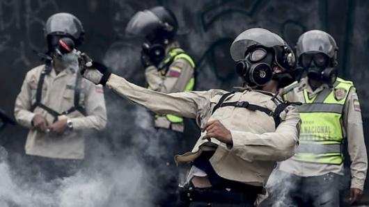 Fiscalía venezolana pide que 14 detenidos no sean procesados por vía militar
