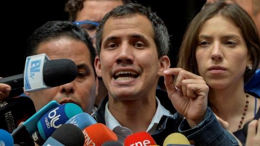 Noticias y  Generalidades - Página 21 Juan-guaido-28119_0