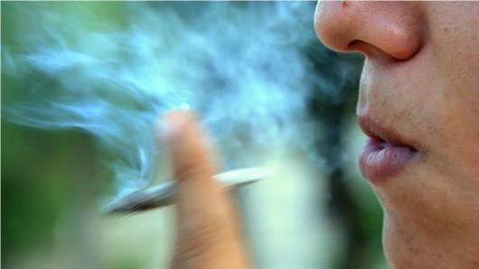 Uruguay habilitó el registro para comprar marihuana en farmacias